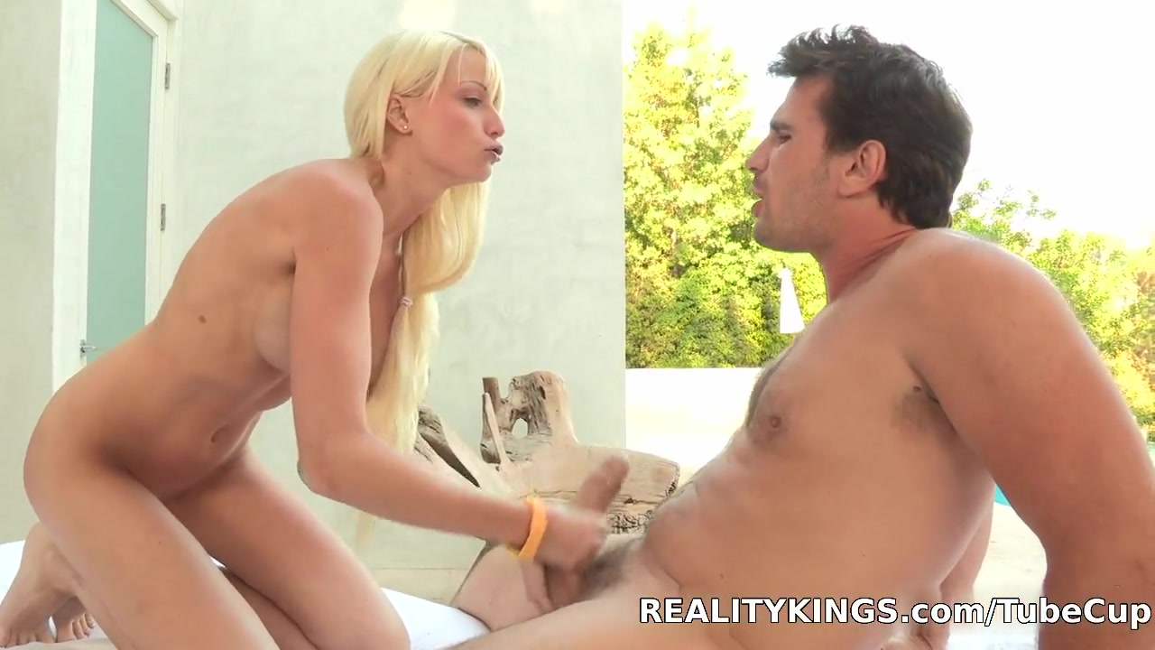 Trevor fehrman dating Porn Base