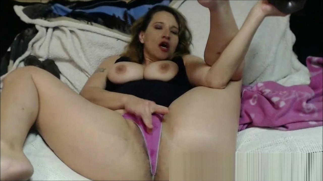 Horny Mom Talking on Phone and Masturbating whats up wit yo pussy