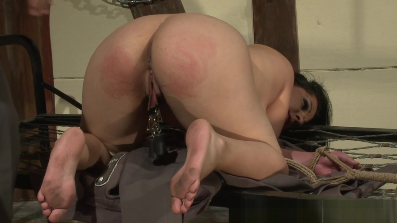 Curvy sub sprayed with cum by her dom master