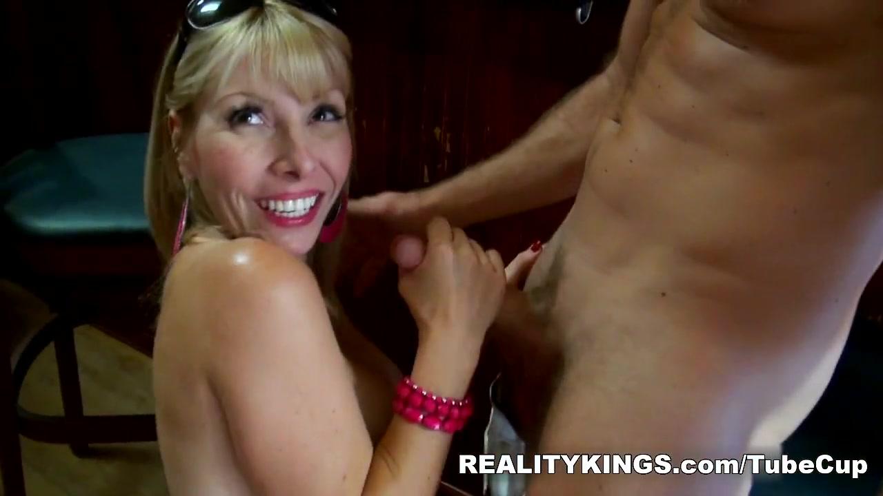 Porn archive Ladyboy lesbian titfucking bigboobs babe