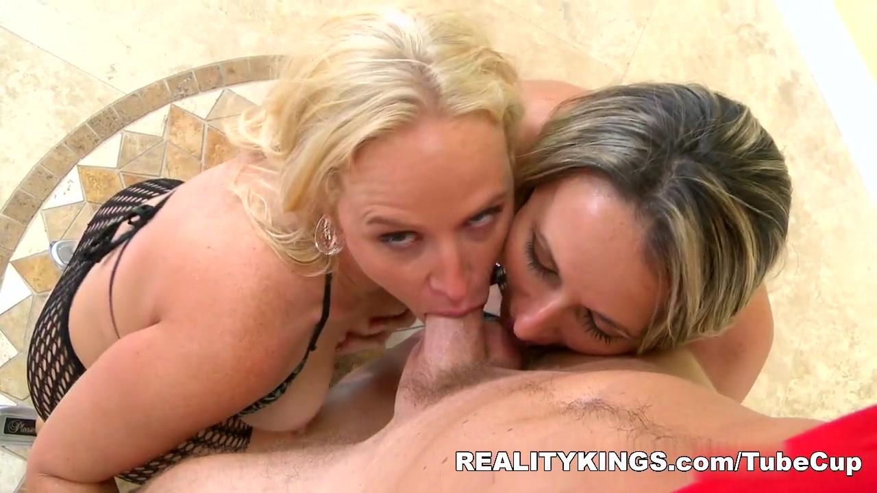 Orgy Grannies lesbi porno