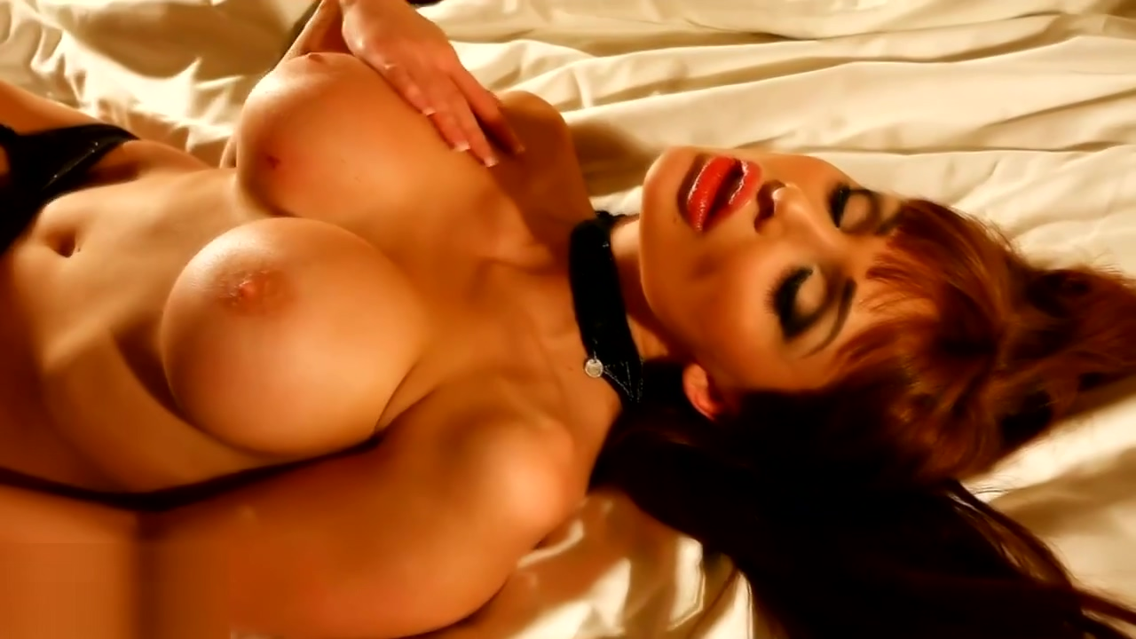 Stunning babe Aletta Ocean pleases herself Full italian movie xxx