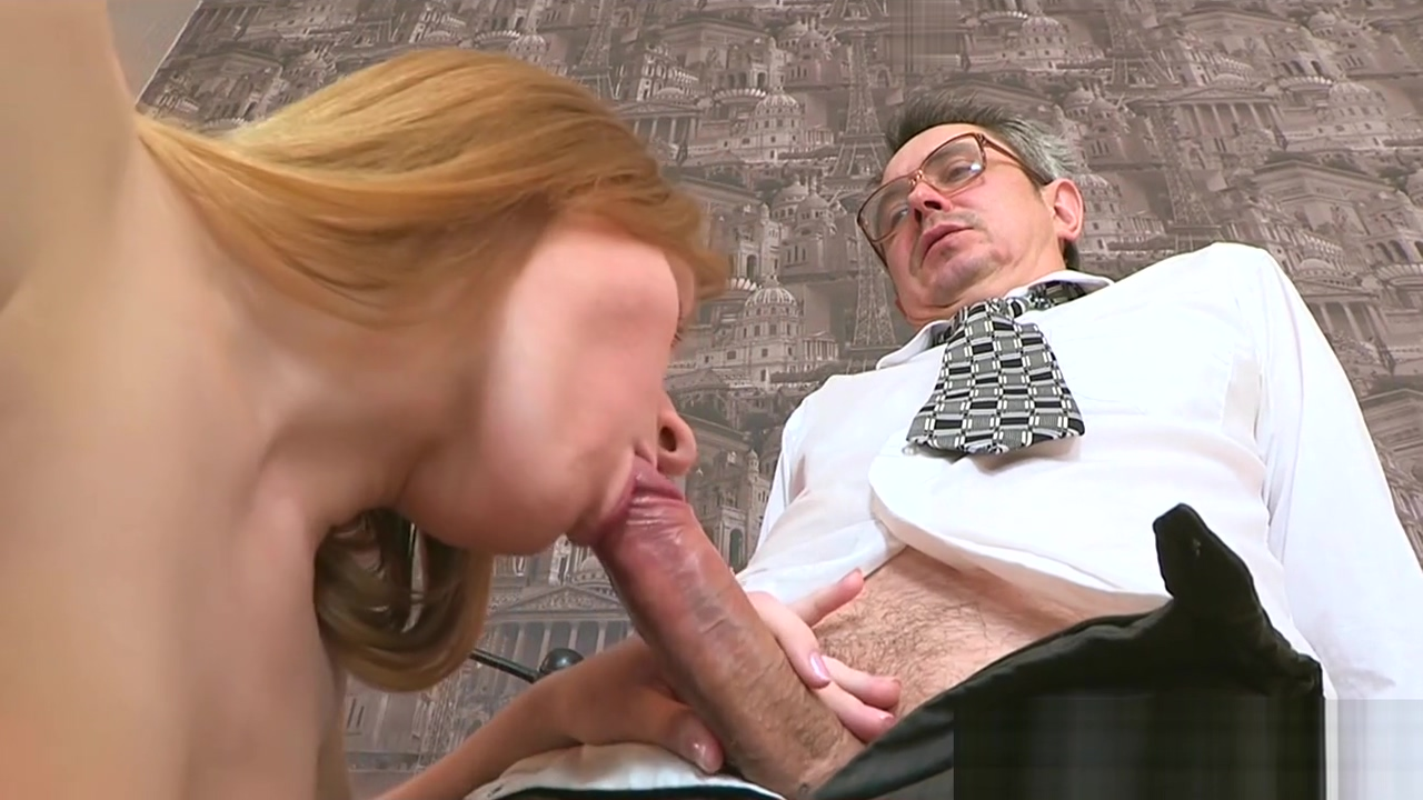 Cumshot les from old teacher