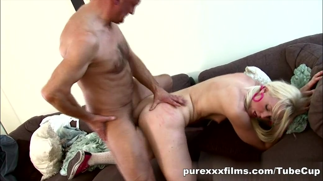 Oral coaches and twink cum tubes Nude gallery