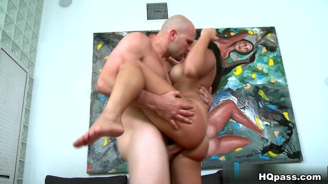Hot Nude Milf fwb part 1