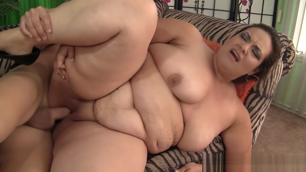 Bigtitted plumper bouncing on lucky cock Free movie pissing pussy