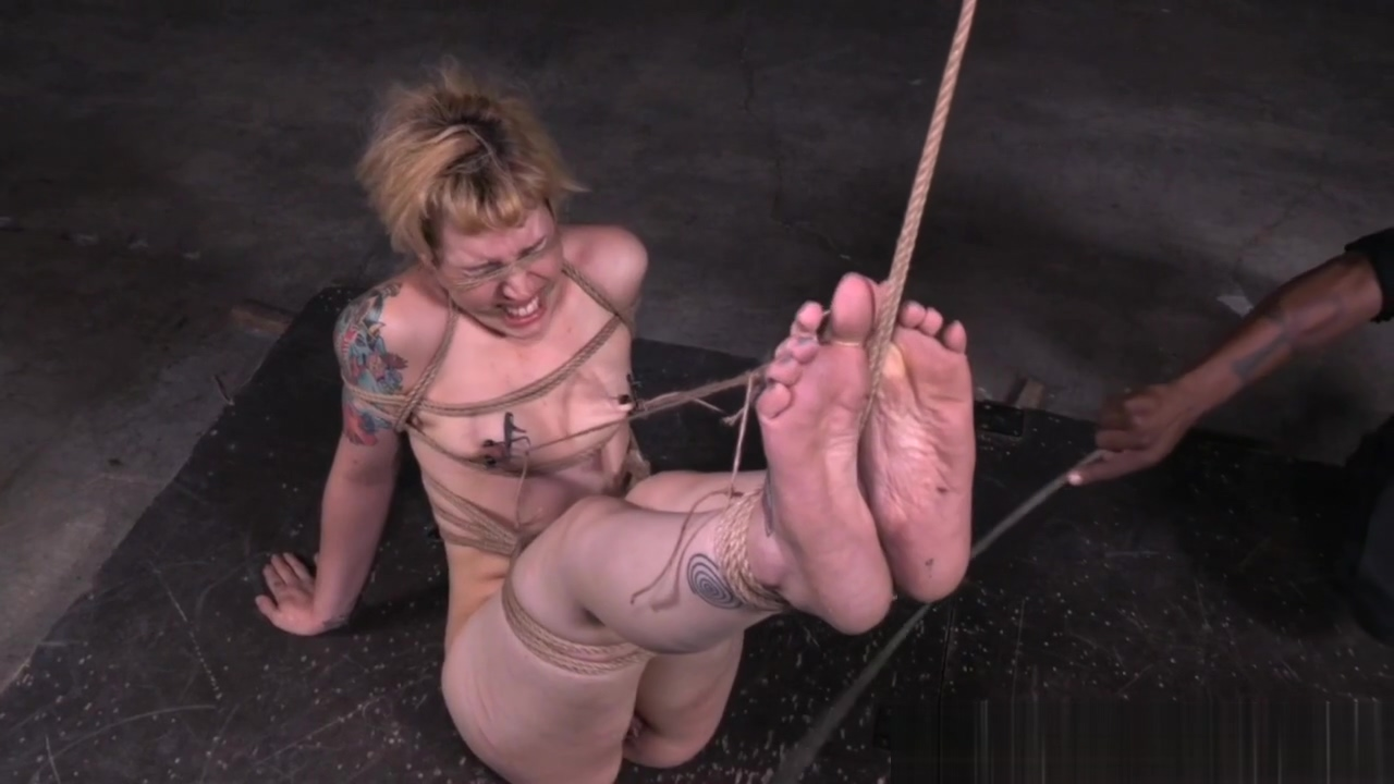 Inked sub whipped and pussytoyed in bdsm Whats A Good Dating Profile Username