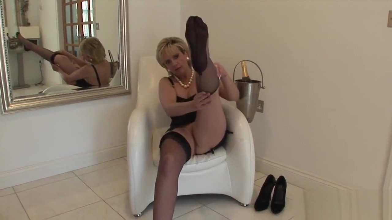 Unfaithful british mature lady sonia flaunts her monster hooters wedding ring hand held his cock