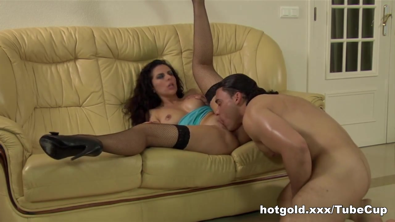 Hot xXx Video Busty milf double penetration
