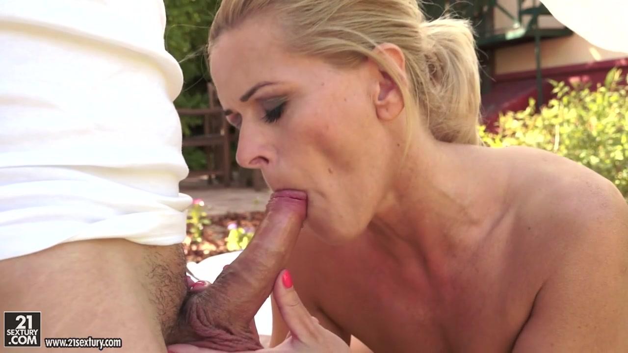 Mia lelani wants kinky massage All porn pics