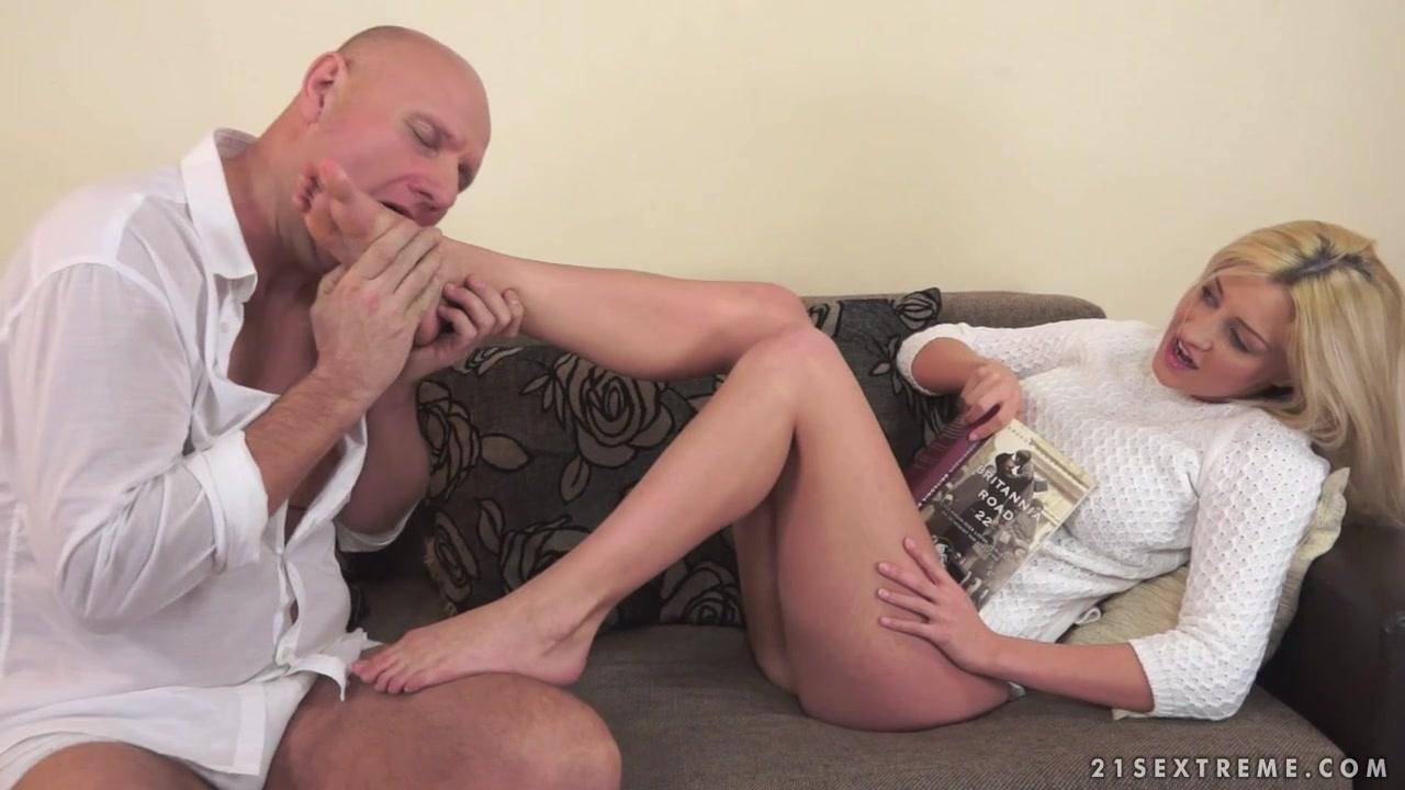 Nude photos Amazing Cunnilingus Blonde sex scene