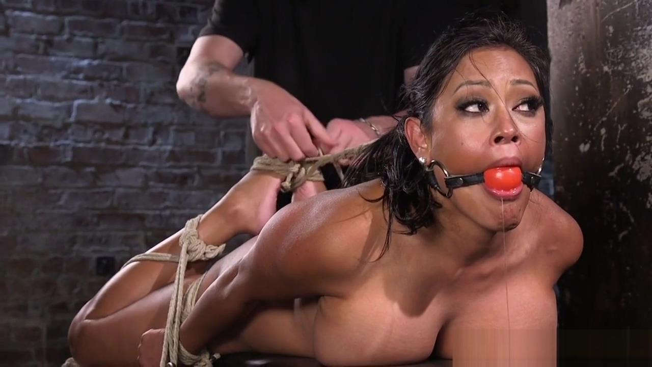 Gagging latina sub squirting while pussytoyed Puta viejas maduras en Villa Maria