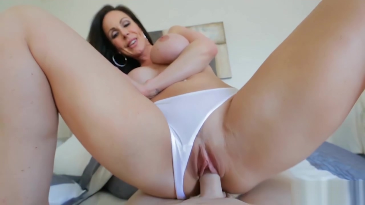 Panties fetish fuck with hot busty MILF Kendra Lust stripper turning guys on video