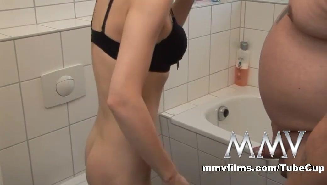Hot Nude Stunning asian gal enjoys two huge dicks