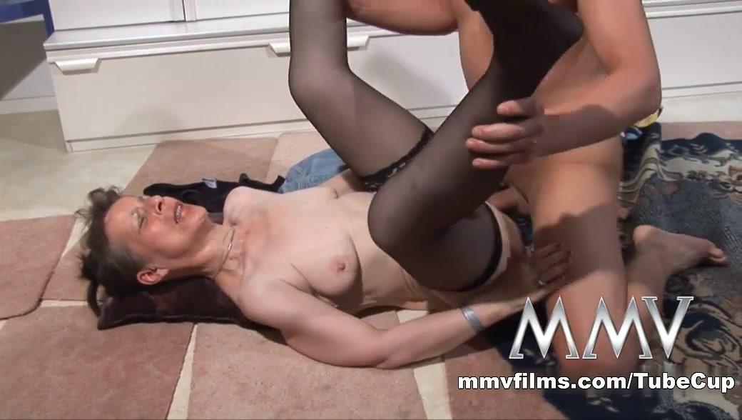 older moms with big tits Porn tube