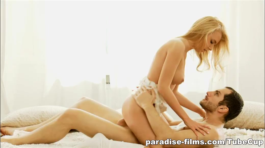 Pron Pictures Cougar And Teen Lesbian