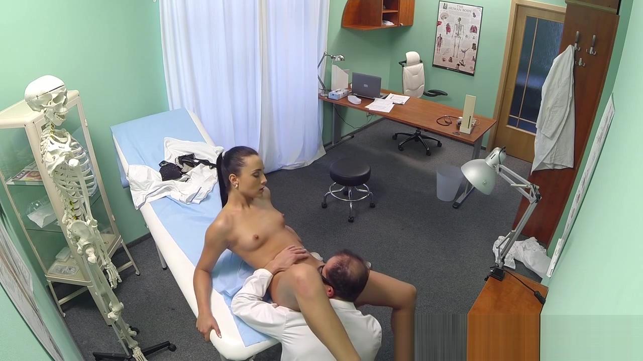 Dicksucking nurse gets fucked until cumshot www arabisch porn com