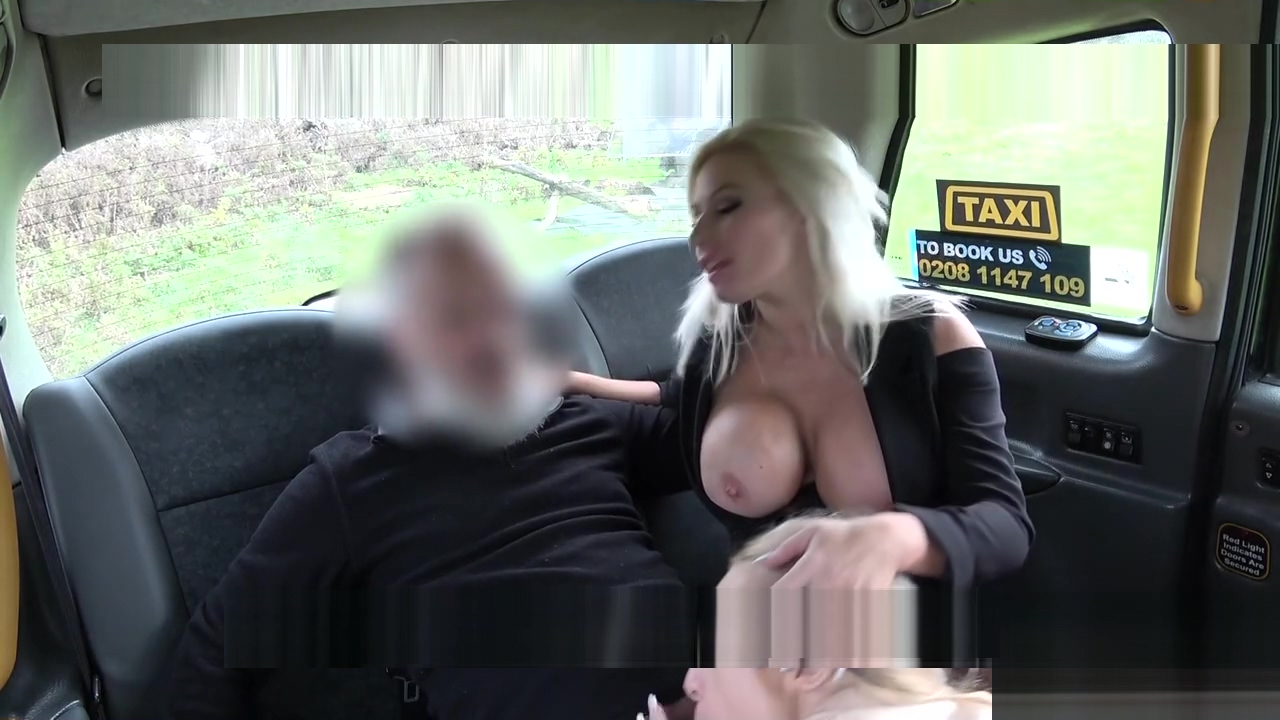 Huge tits blondes in threesome in cab
