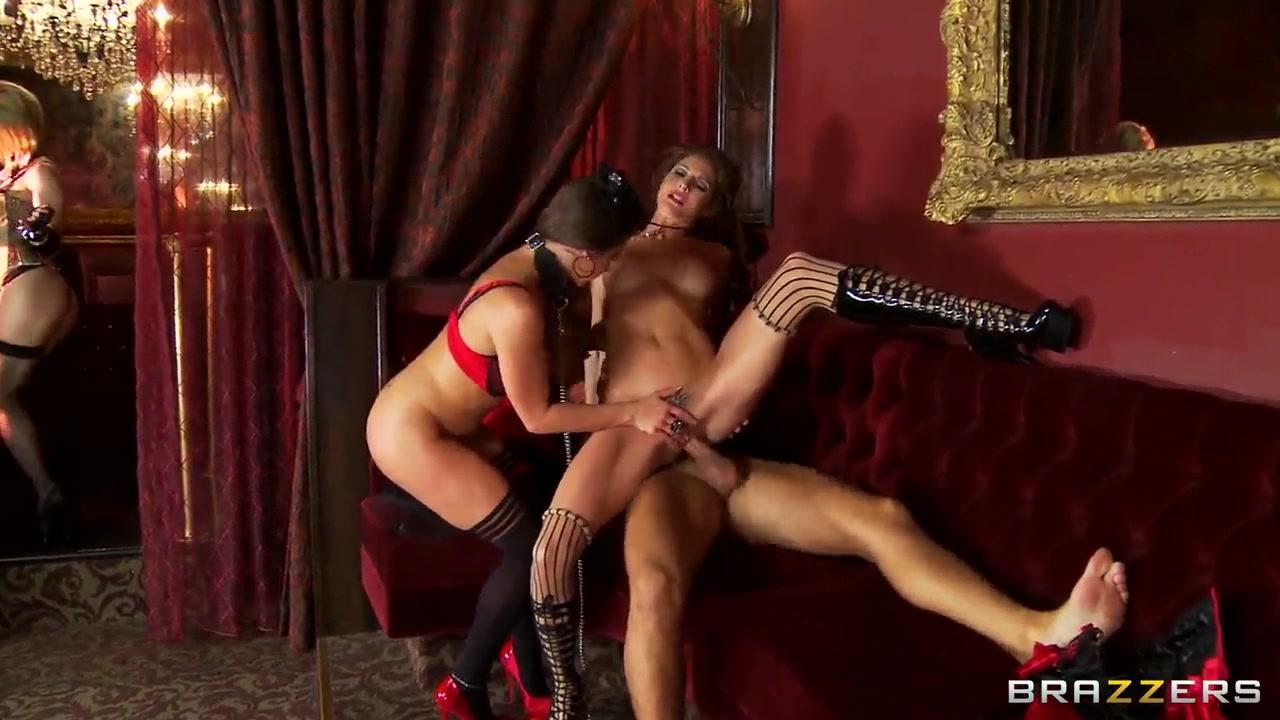 Porn Pics & Movies Brazil shemale domination