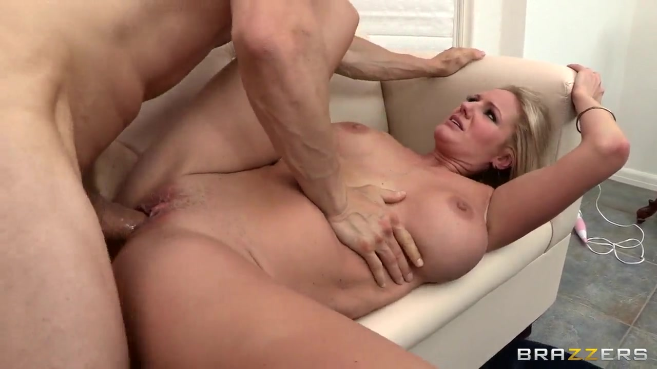 Naked Gallery Blonde hardcore porn pictures