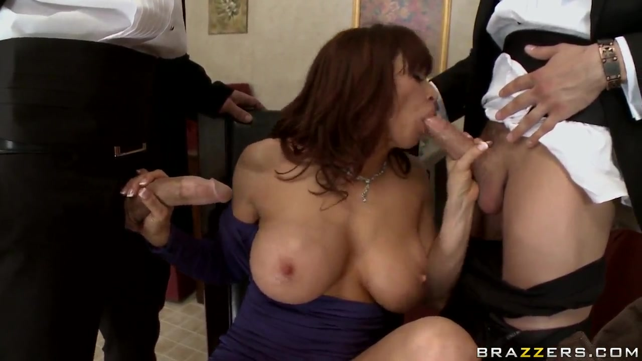 Porn pictures Girls lick her own pussy