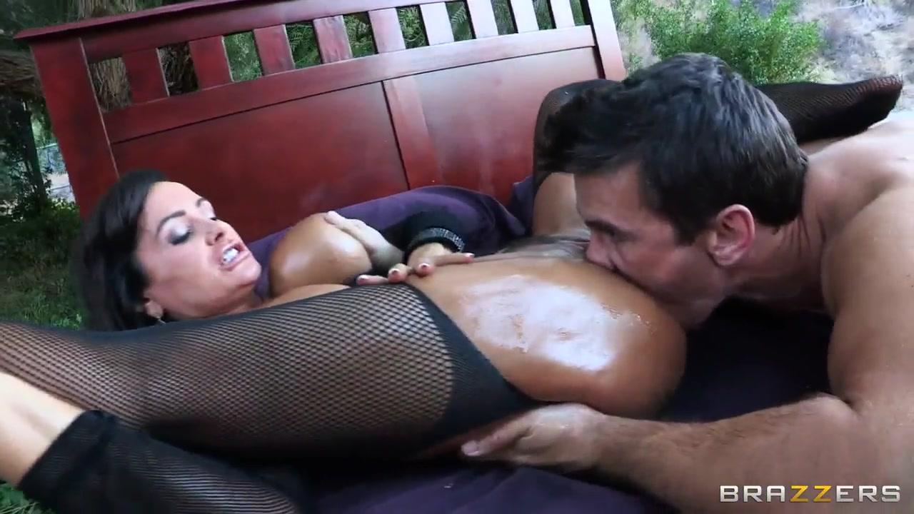 Porn tube Chic sex by agile lesbians