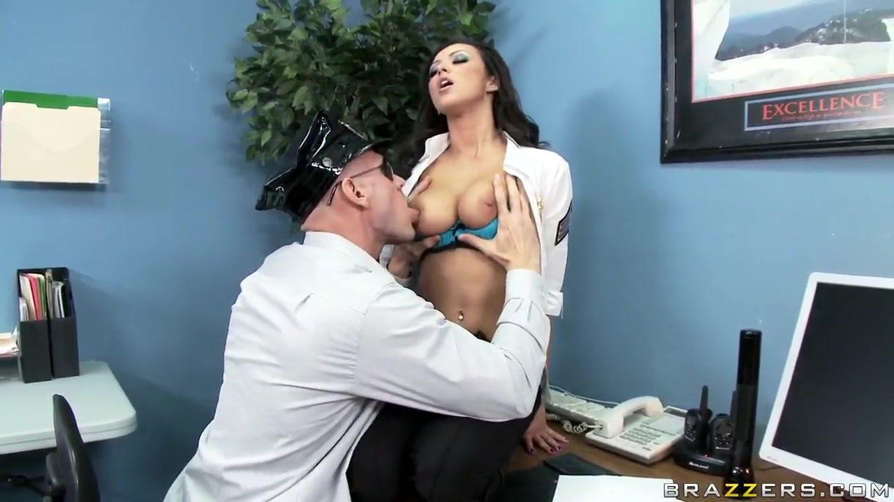 Naked porn kinki sexy women