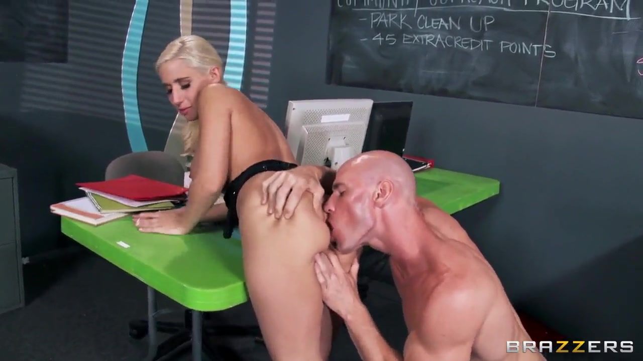 Porn archive Movie preview piercing femdom
