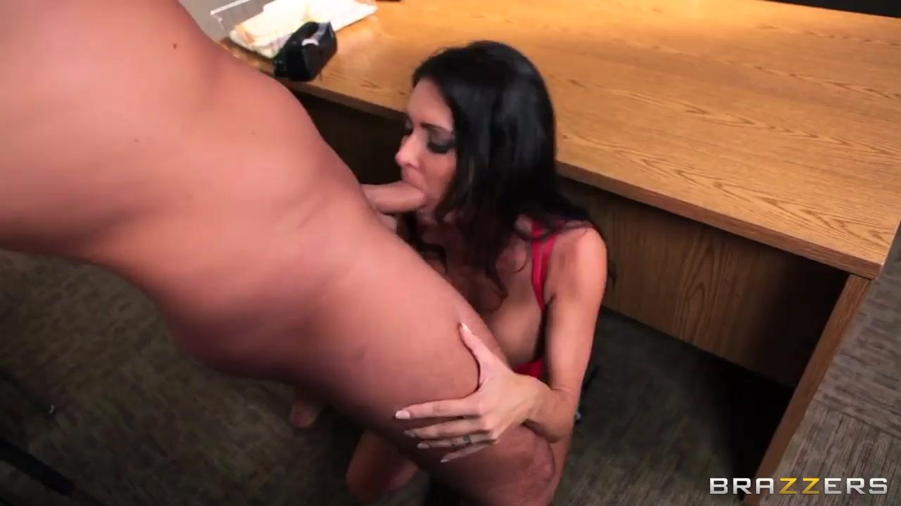Licking tubes porno Lesbiian