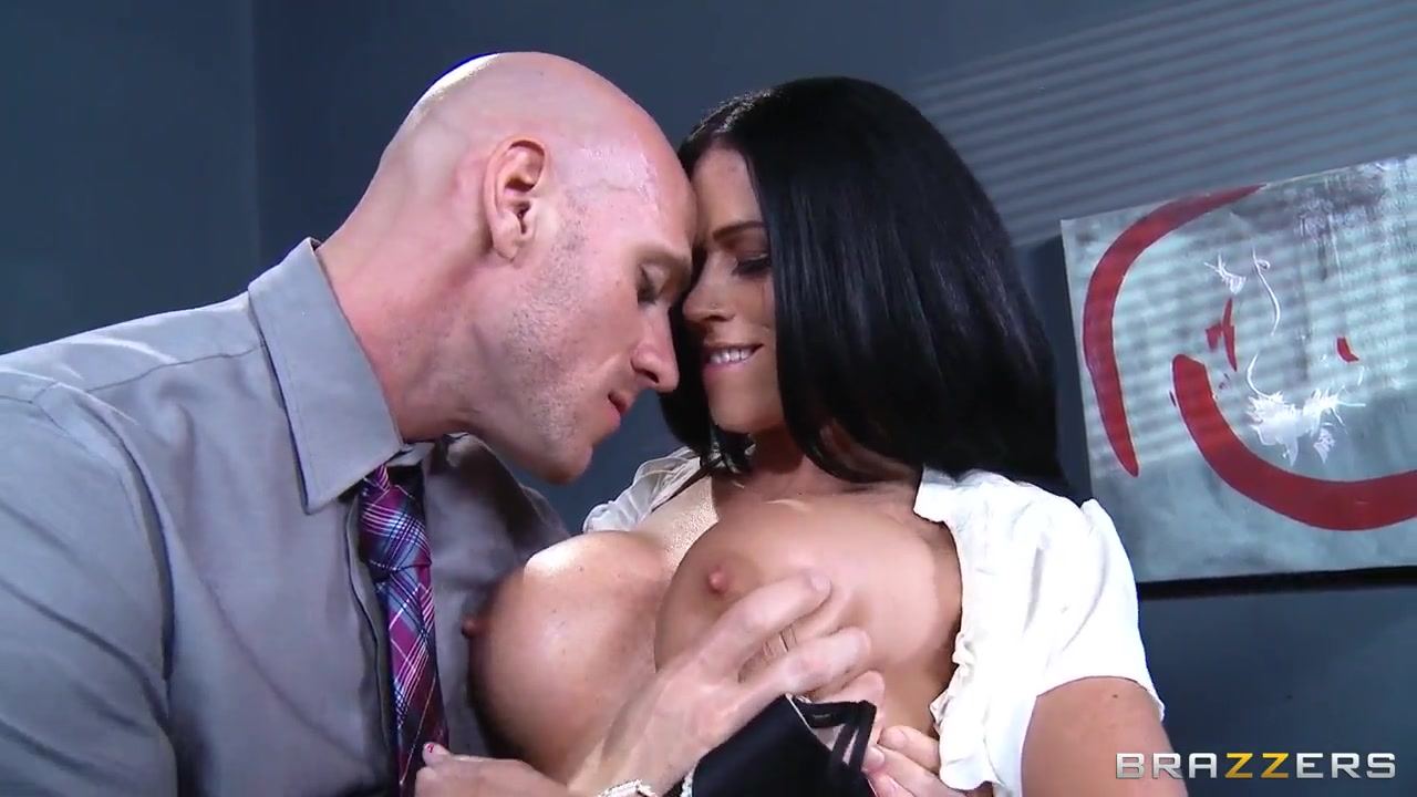 xXx Images Head from a sexy milf