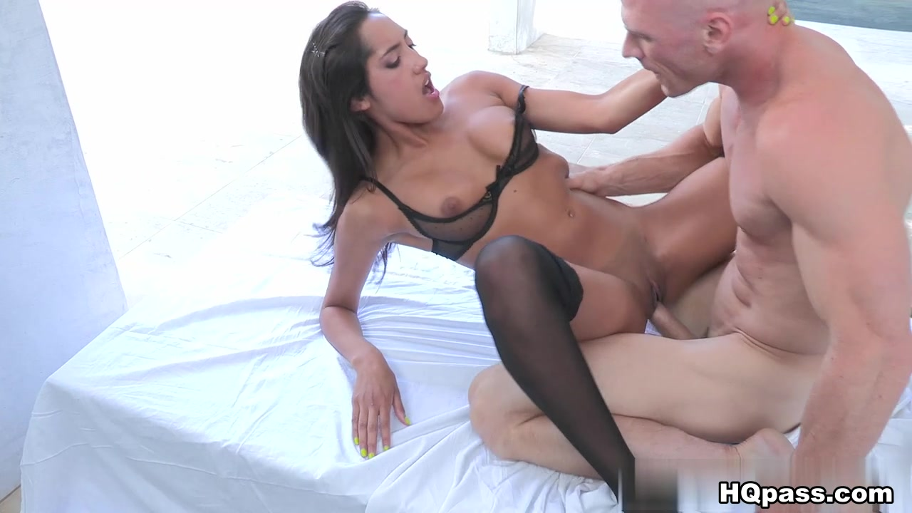 Porn clips Milf and her first black cock
