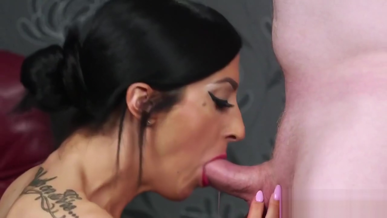 Slutty sex kitten gets cum load on her face swallowing all the jism Milf contact