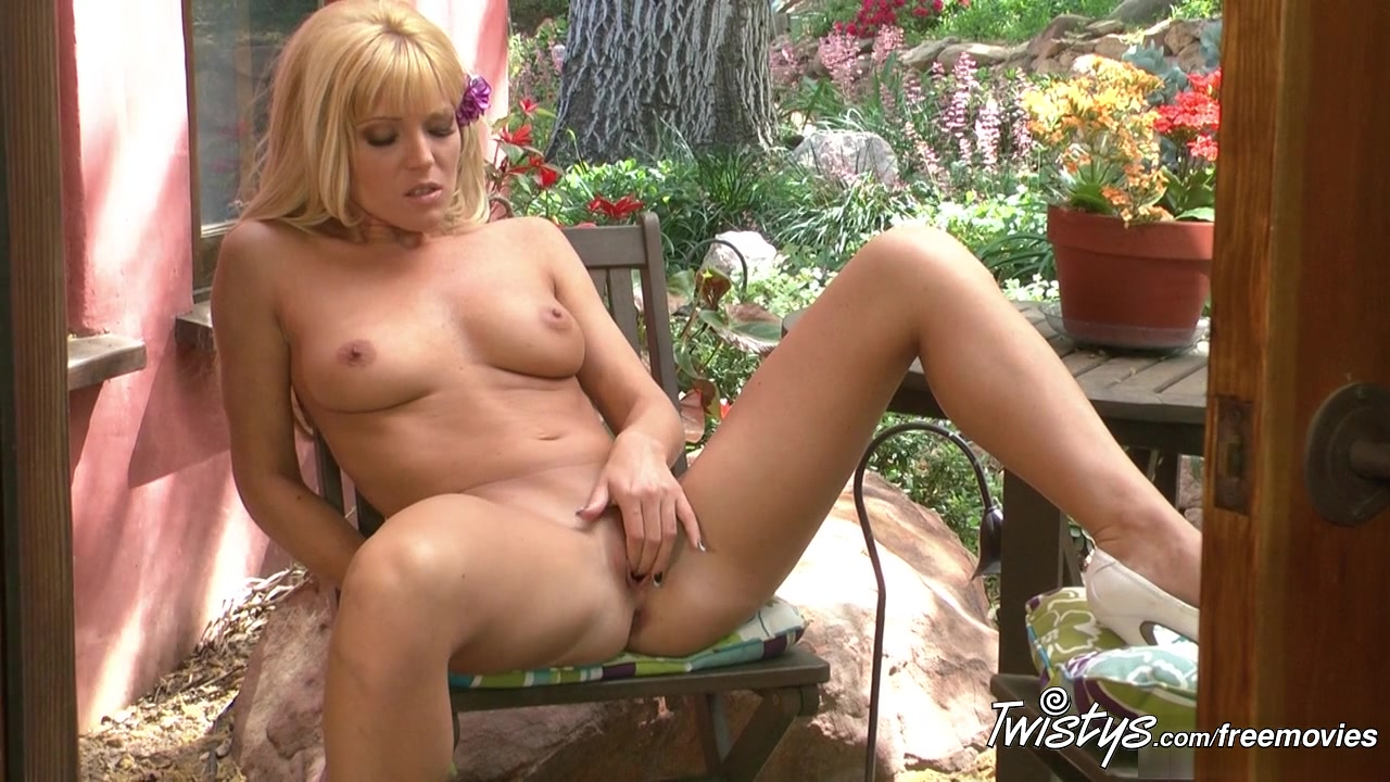 Nude 18+ Tiffany brookes in pantyhose foot tease