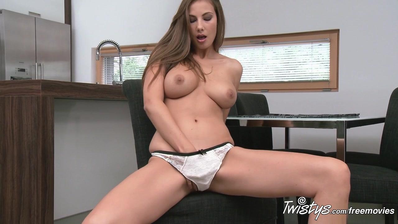 Hot Nude Teanna Kai Enjoys Succulent Pussy