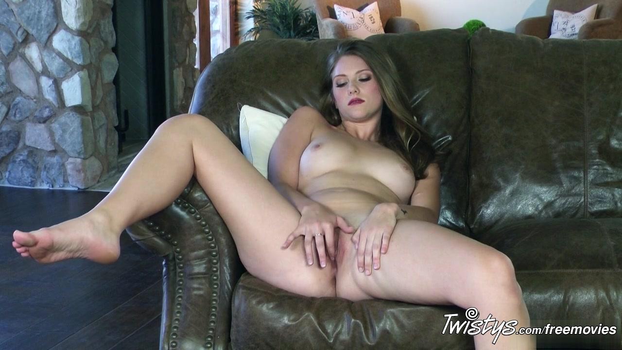 New porn Lesbian bbw and blond model 1