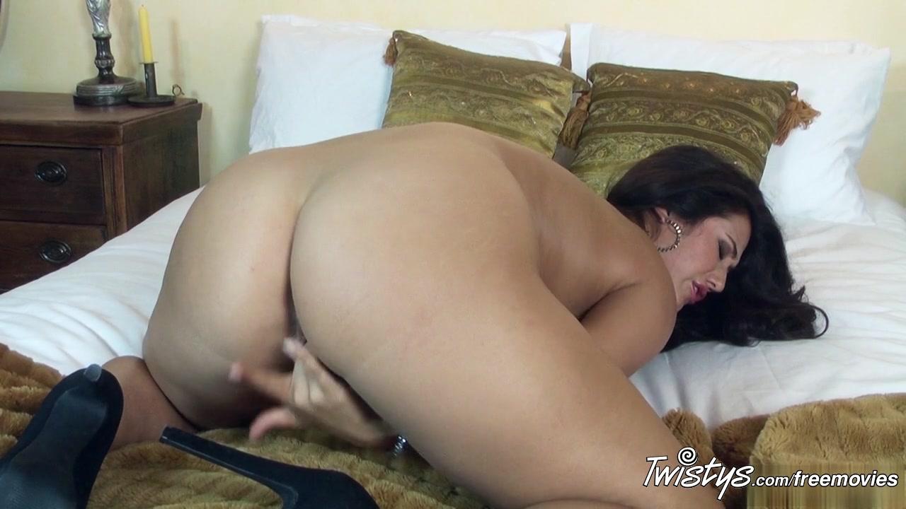 Very sexy hot kiss Porn FuckBook