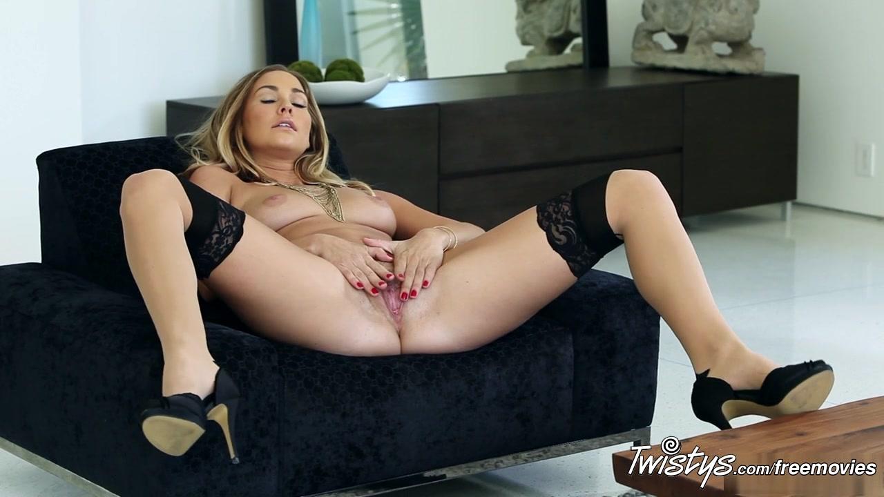 sexy bolivian women Naked xXx Base pics