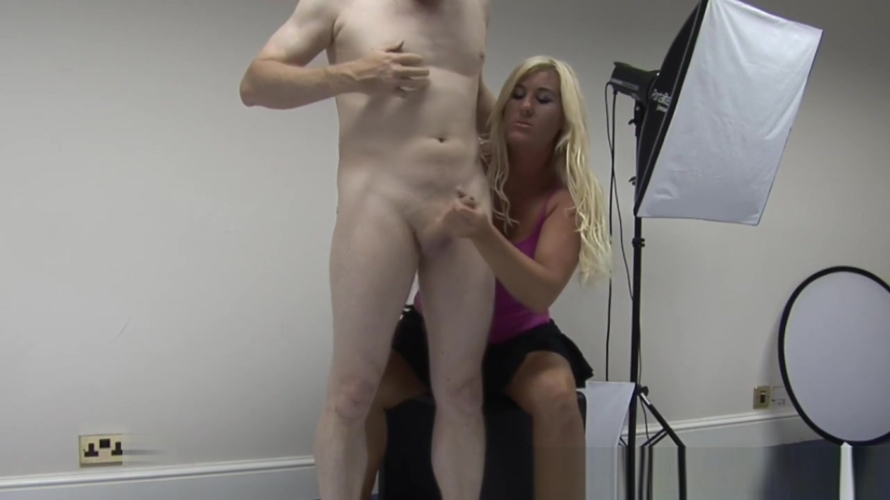 Chubby milf gives handjob in cfnm action Indian hairy pussy pissing