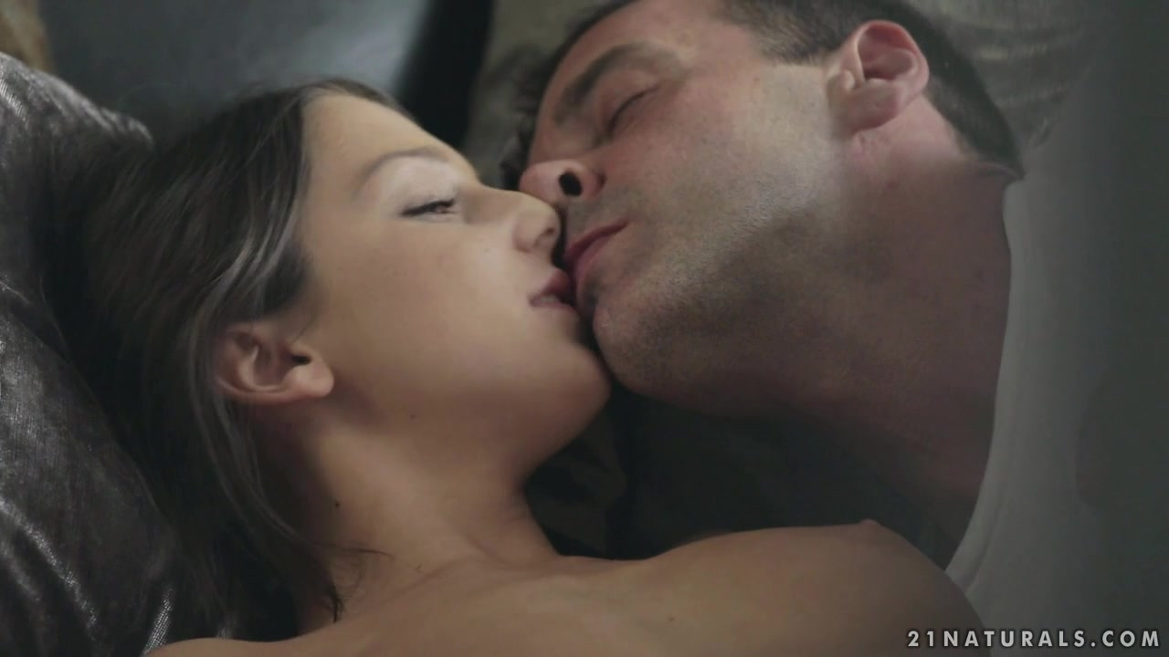 Nude photos Lesbianas teniendo sexo oral