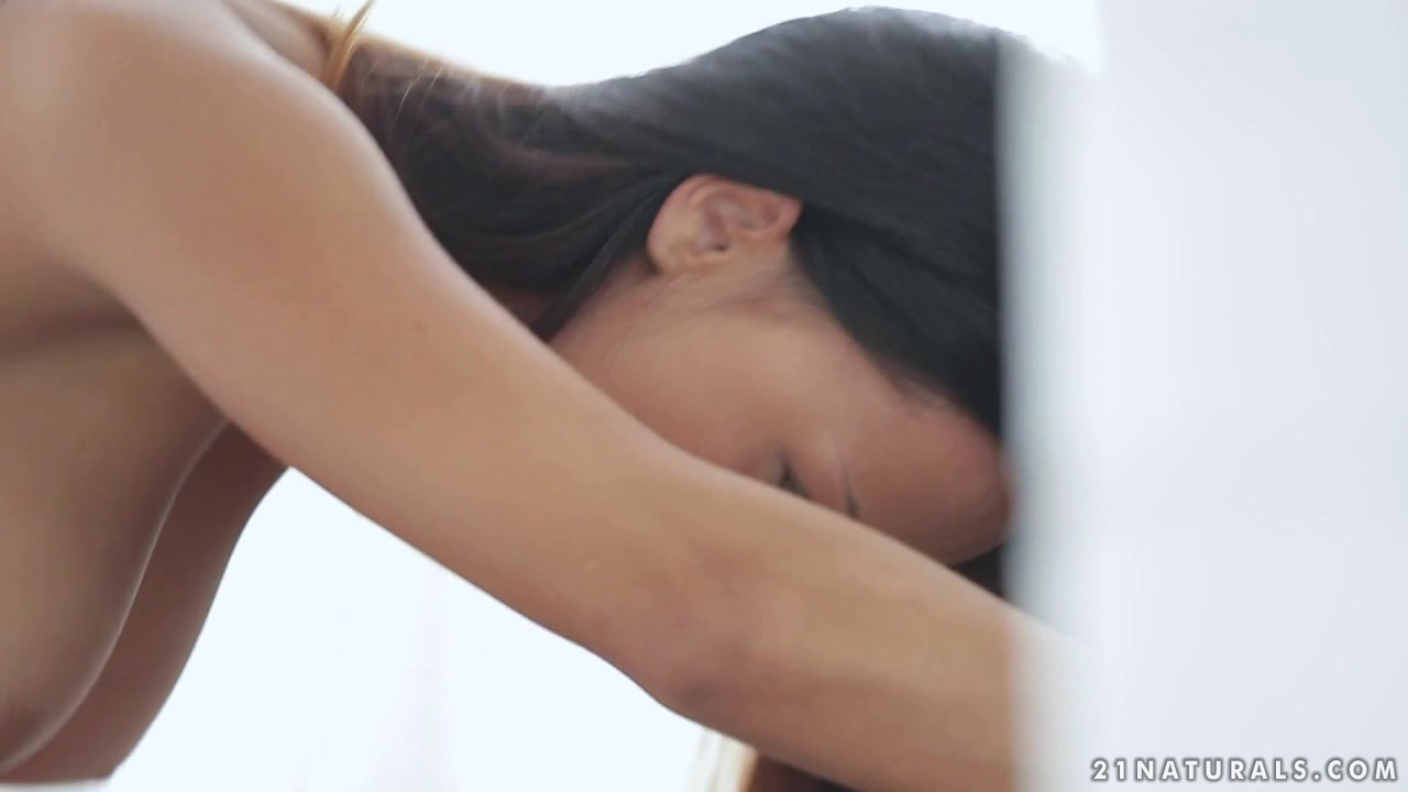 Naked xXx Base pics Free online hookup tips for women
