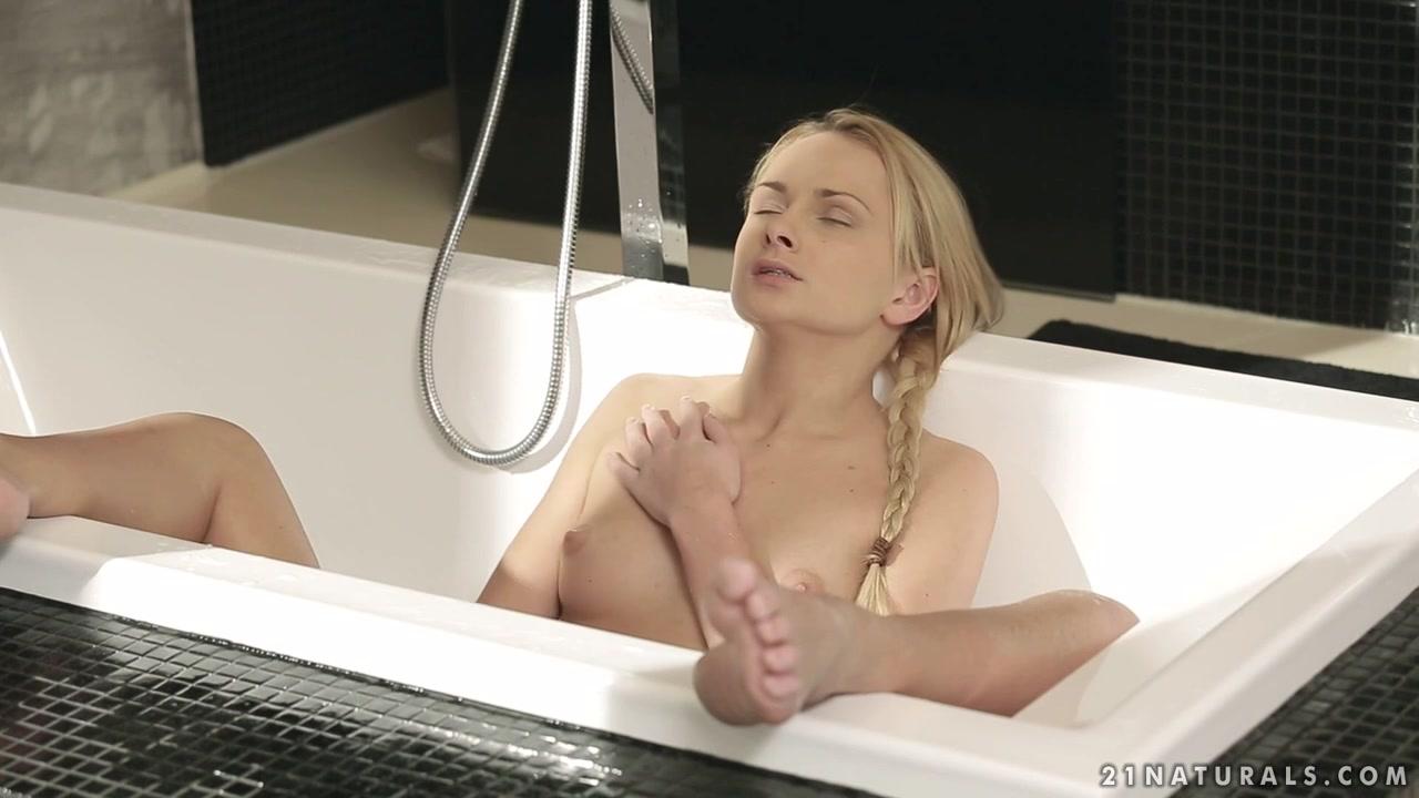 Mature women orgasm video Full movie