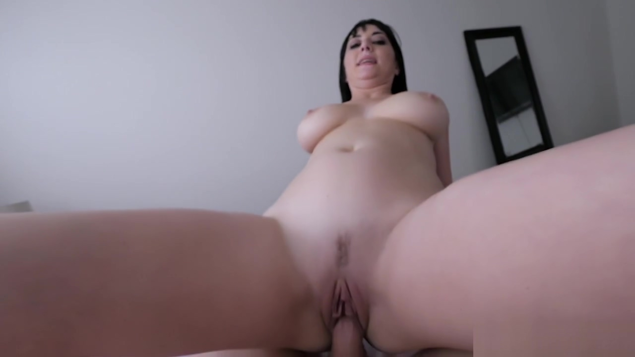 Busty MILF stepmom helps to his stepson and pleased him