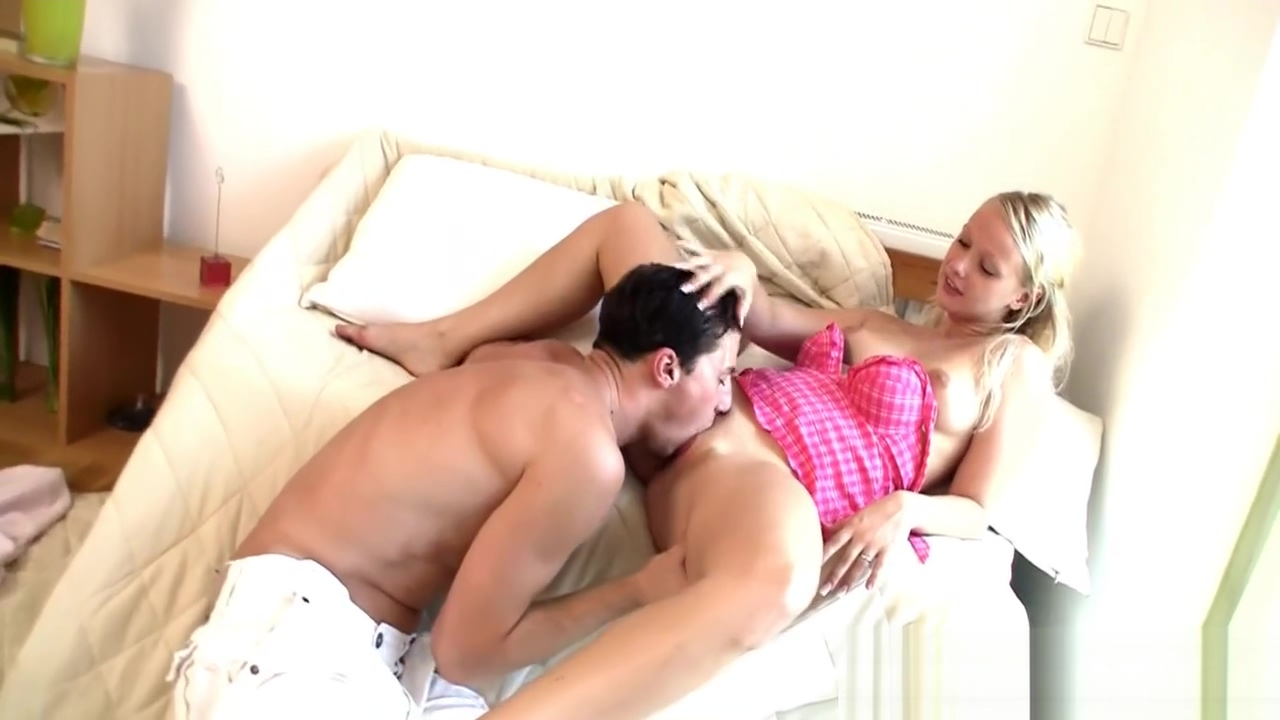 Huge dick is sucked well Sextape xxx