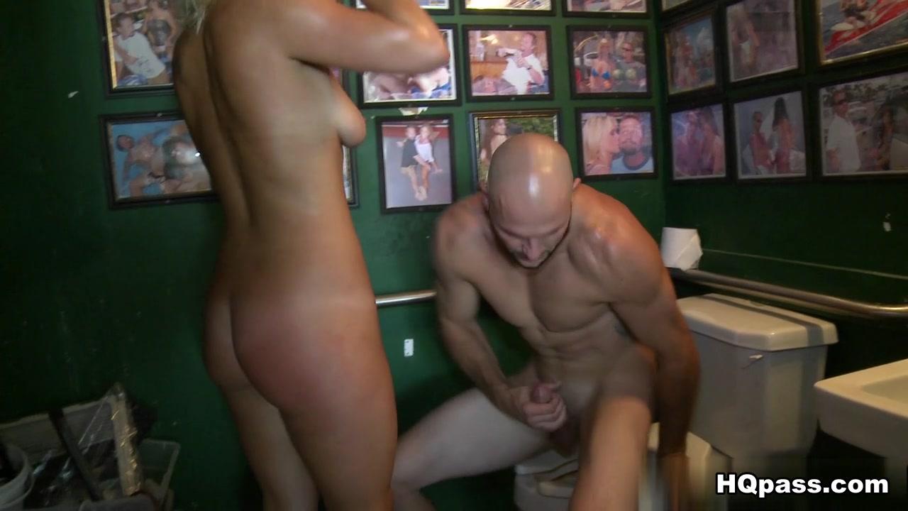 Naked Galleries Velbloud uchem jehly online dating