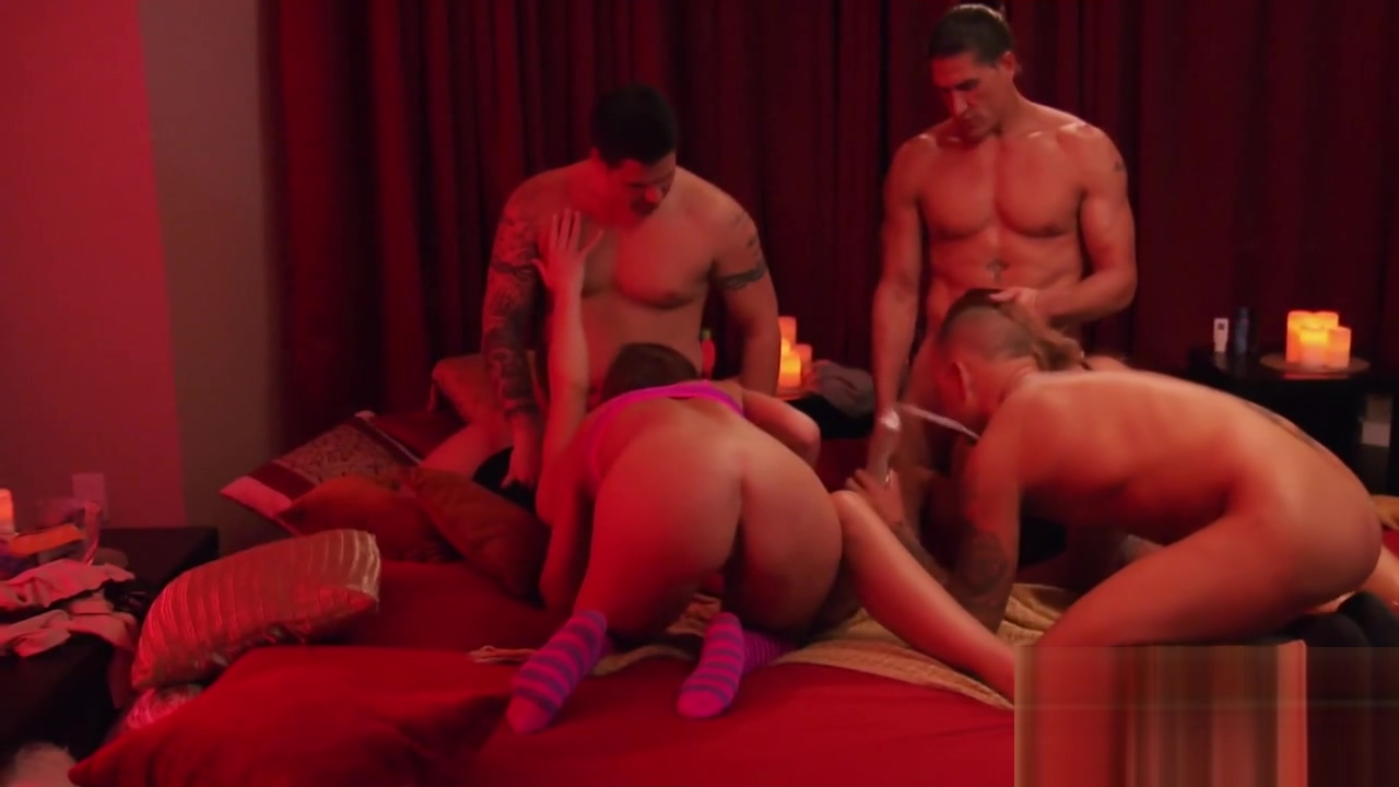 Swinger couple believes that monogamy is something natural