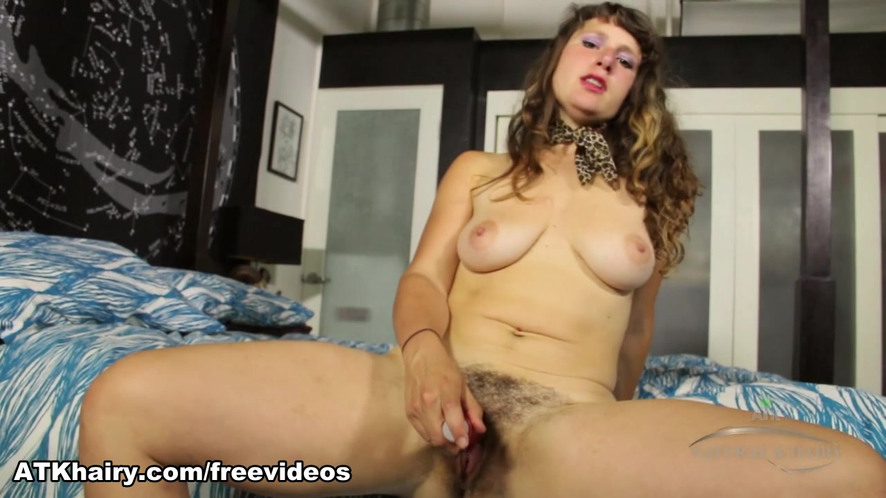 Fist fucking large sex toys Porn Pics & Movies