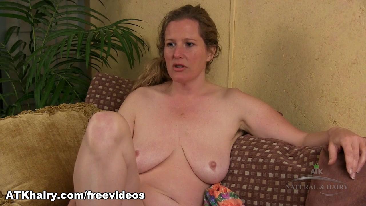 Naked xXx Gay urinal piss cam