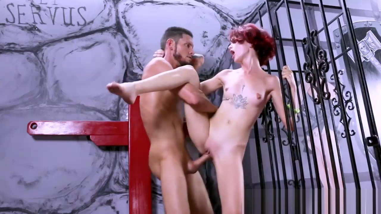 Sweet luscious babe Lola Fae with a fat cock to fuck Bridge equipment play swinging