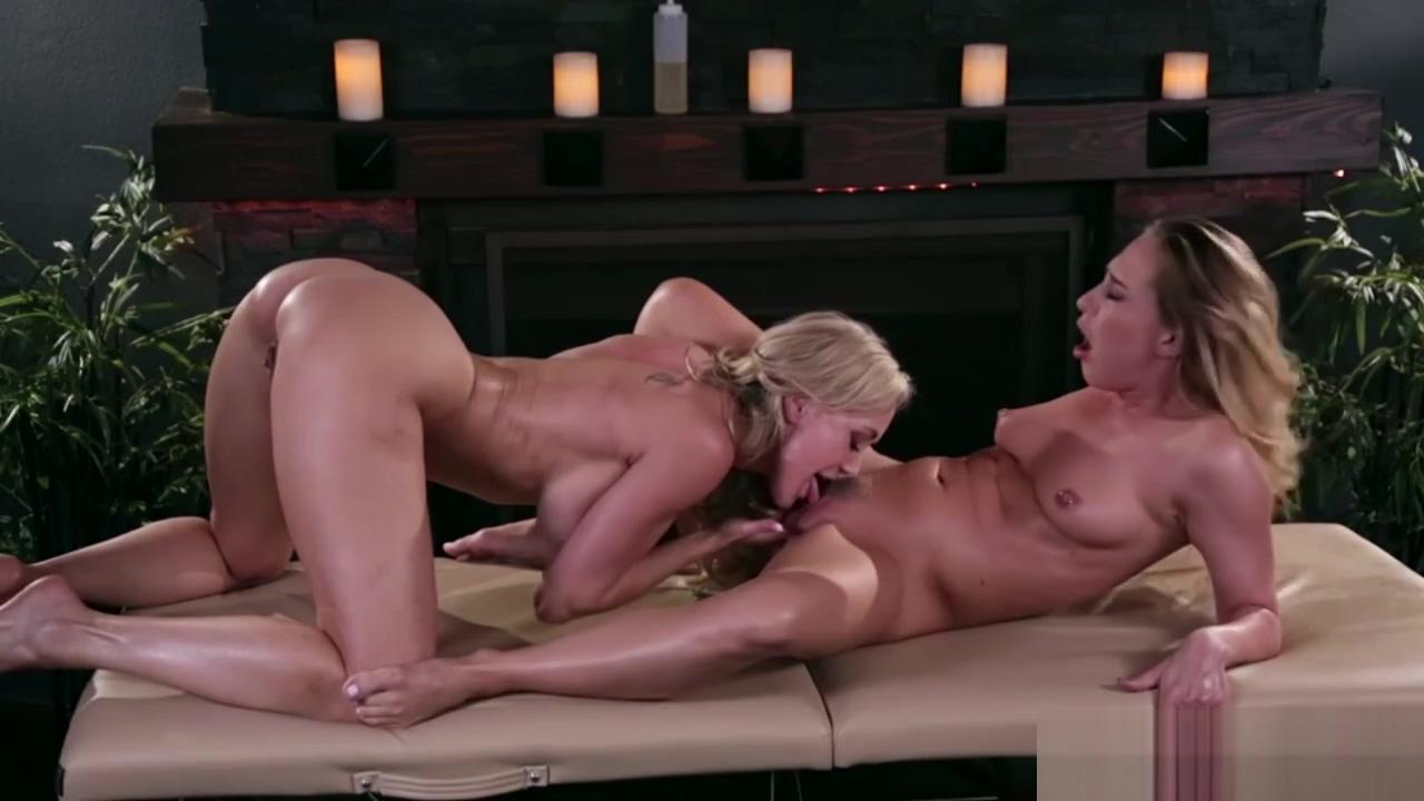Carter Cruise massage her stepmom Brandi Loves and licks her pussy