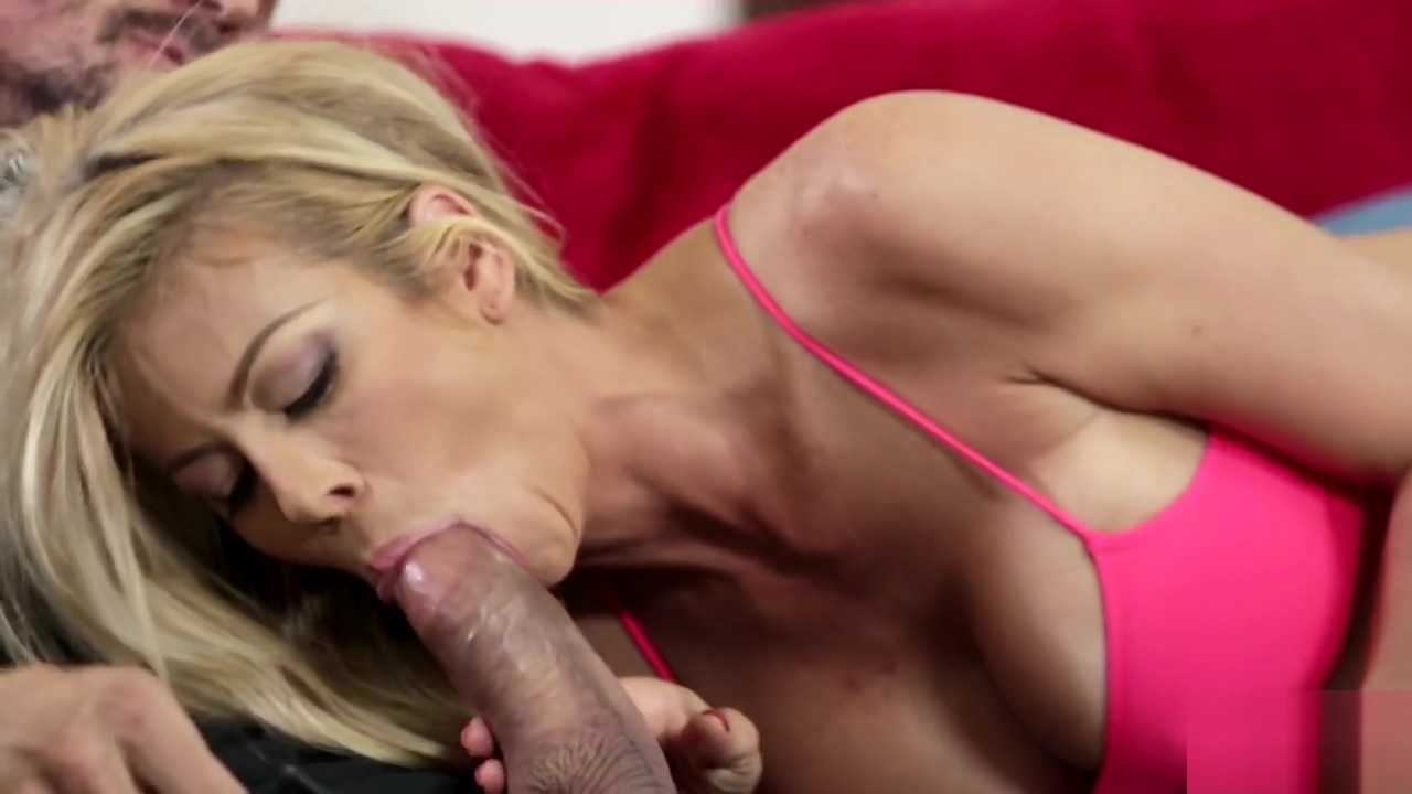 Real milf babe getting pussyfucked Milf with dirty ass